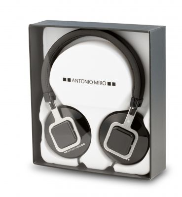 Regalo auriculares Antonio Miró.