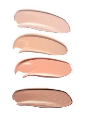 Nuevo: Esmalte CC Color & Tratamiento alessandro.